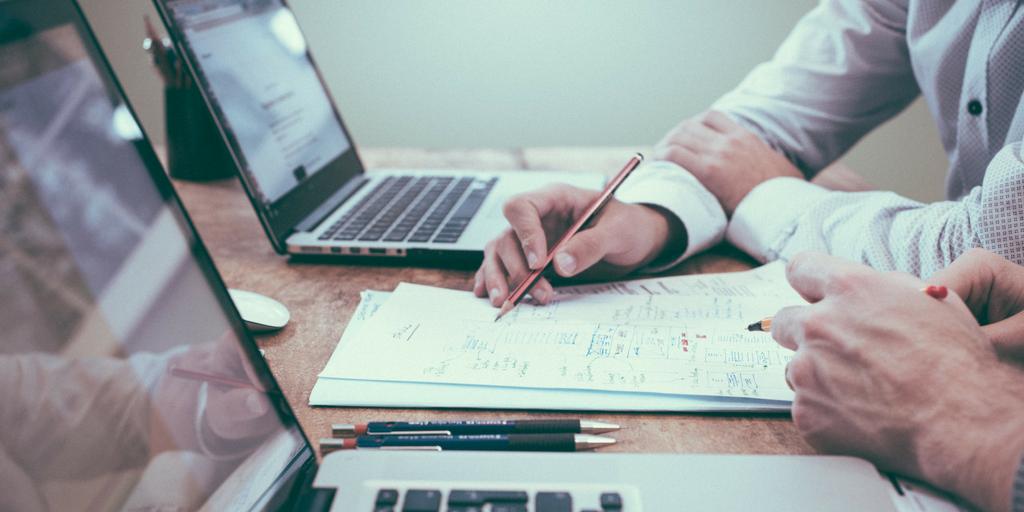 Choosing a Customer Service Provider.png